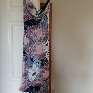 Strapless, back out maxi